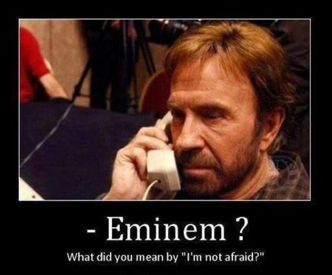 Chuck Norris volá Eminemovi :D