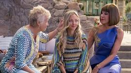 Druhá Mamma Mia! využíva sčasti potenciál, no ku koncu ním mrhá